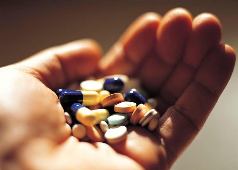 Uống thuốc quá liều có thể nguy hiểm đến tính mạng