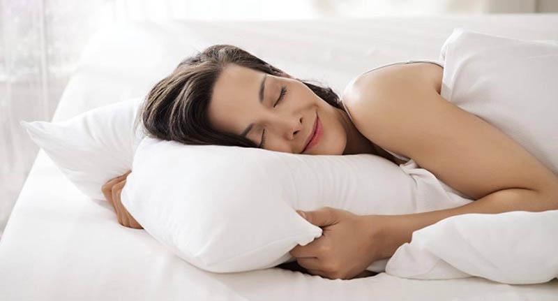 Một hành động cực kỳ đơn giản nhưng sẽ mang lại hiệu quả vô cùng cao, đó là ngủ đúng giờ và đủ giấc.