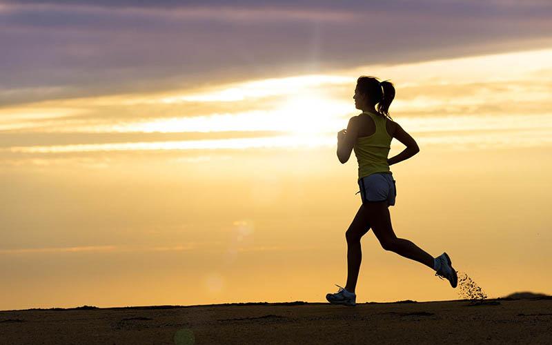 Kết hợp luyện tập với ăn kiêng cũng sẽ giúp các bạn có một body săn chắc, hoàn mỹ hơn.Kết hợp luyện tập với ăn kiêng cũng sẽ giúp các bạn có một body săn chắc, hoàn mỹ hơn.