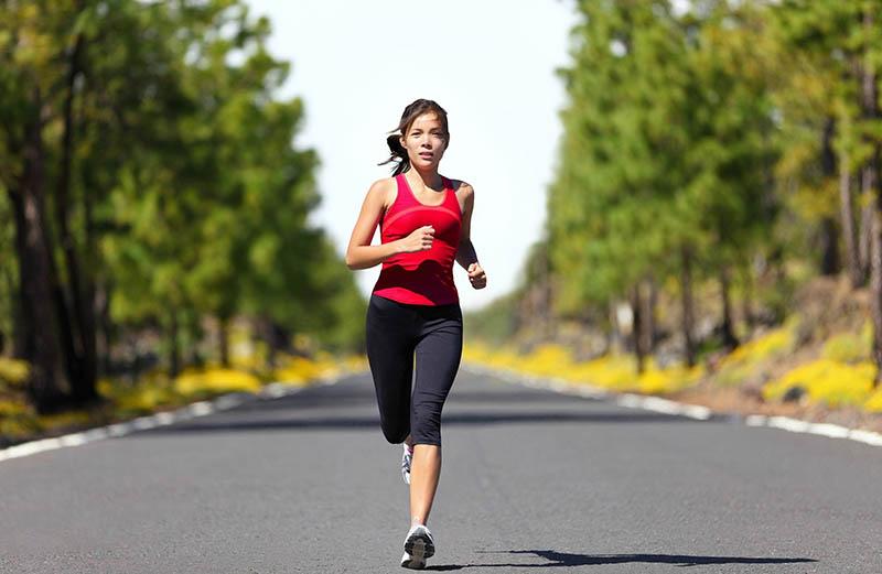 cách đơn giản nhất là mỗi ngày đi bộ ít nhất 30 phút