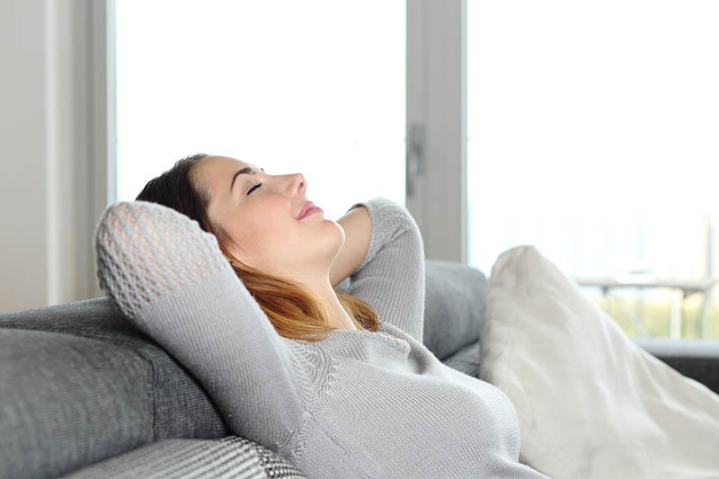 Nó giúp cải thiện đáng kể chứng trầm cảm, giảm thiểu bất an, tạo sự tích cực, lạc quan trong cuộc sống.