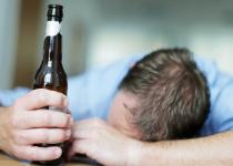 Tác hại của rượu bia với sức khỏe bạn cần phải biết